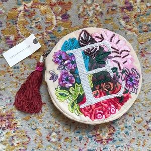 NWT ANTHROPOLOGIE x ANNA HARLOW RUSSO Beaded Pouch